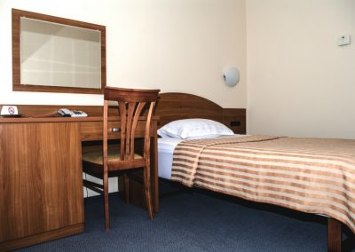 2-jų kambarių liukso tipo numeris su balkonu